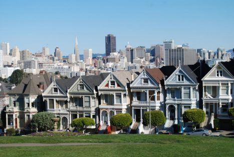 Alamo-Square–Painted-Ladies